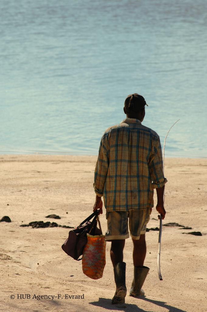 Un pêcheur autochtone