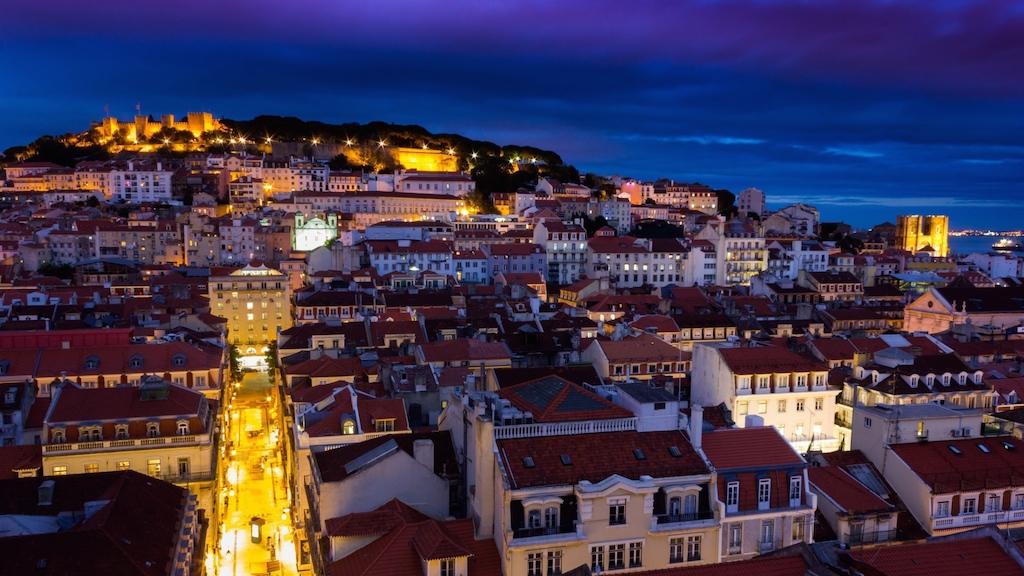 Lisbonne by night