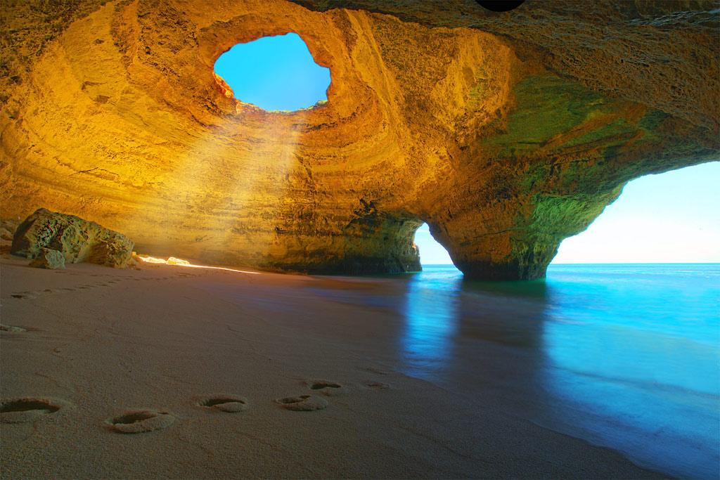 Plage de l'Algarve, au sud du Portugal