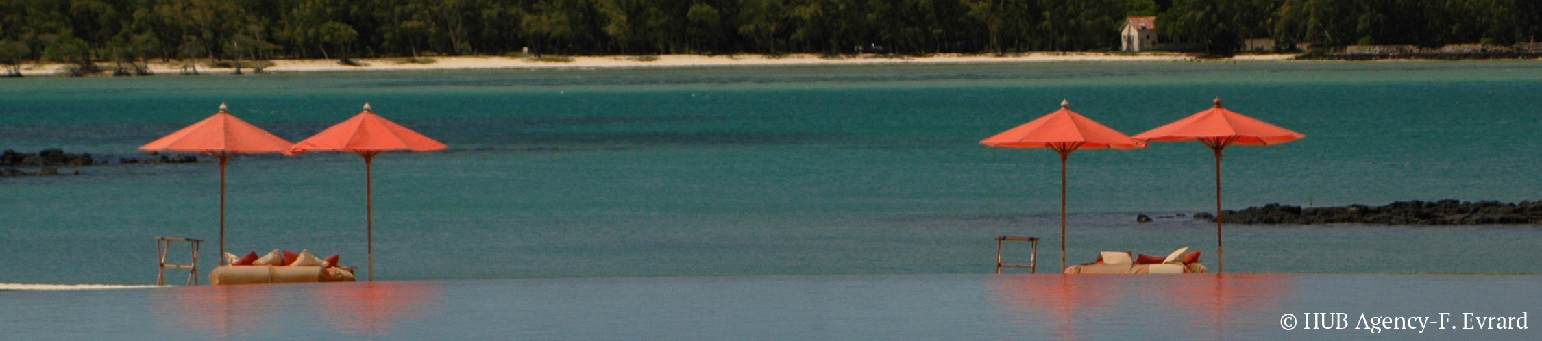 Lune de miel voyage de noce ile maurice spécial couple sable blanc lagon eau turquoise